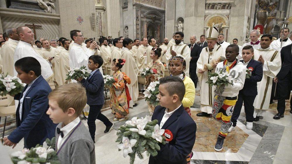 Thánh Lễ Vọng Giáng Sinh tại Vatican 24/12/2019